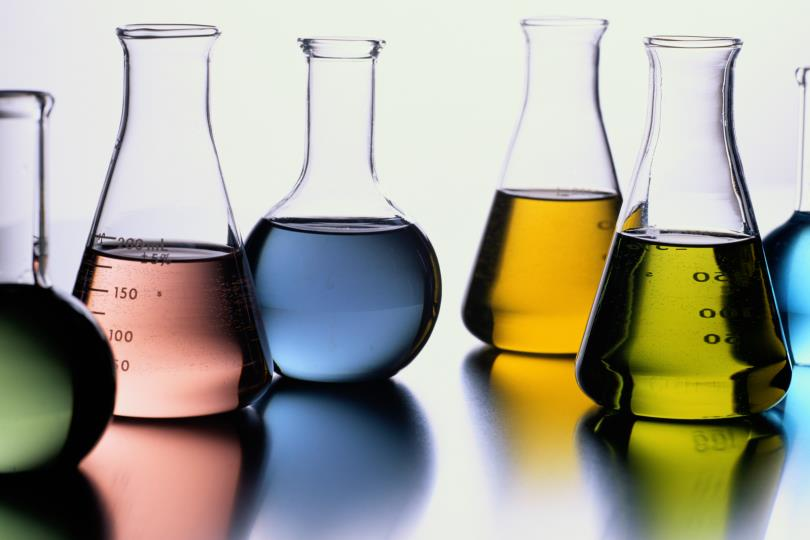 Vietnam Consults on the Amendment of Decree No.133/2017/ND-CP under the Law on Chemicals