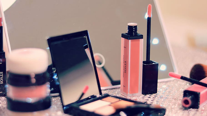 China Cosmetic Market Data in August: Qixi Boosts Sales
